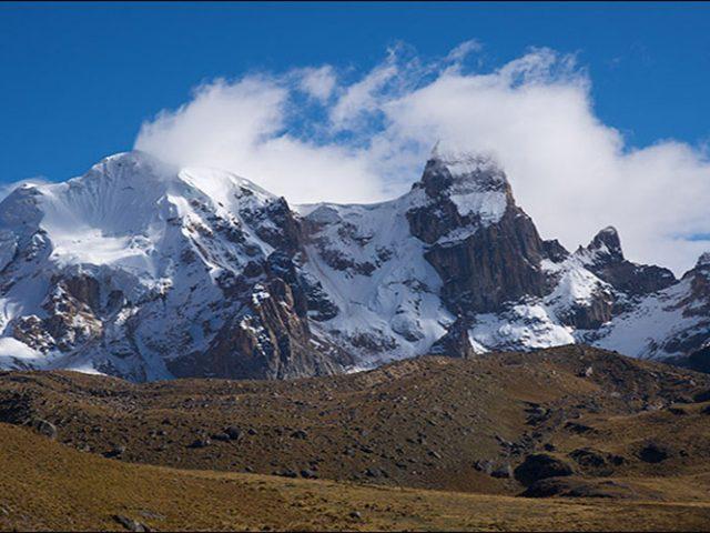 Huayhuash trekking + Diablo Mudo climbing : 11 Days